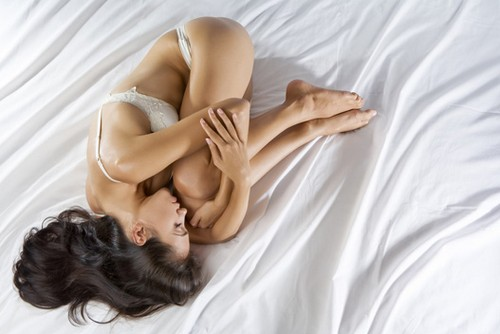 девушка в период менструации
