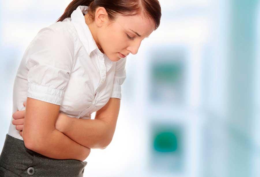 тошнит перед менструацией