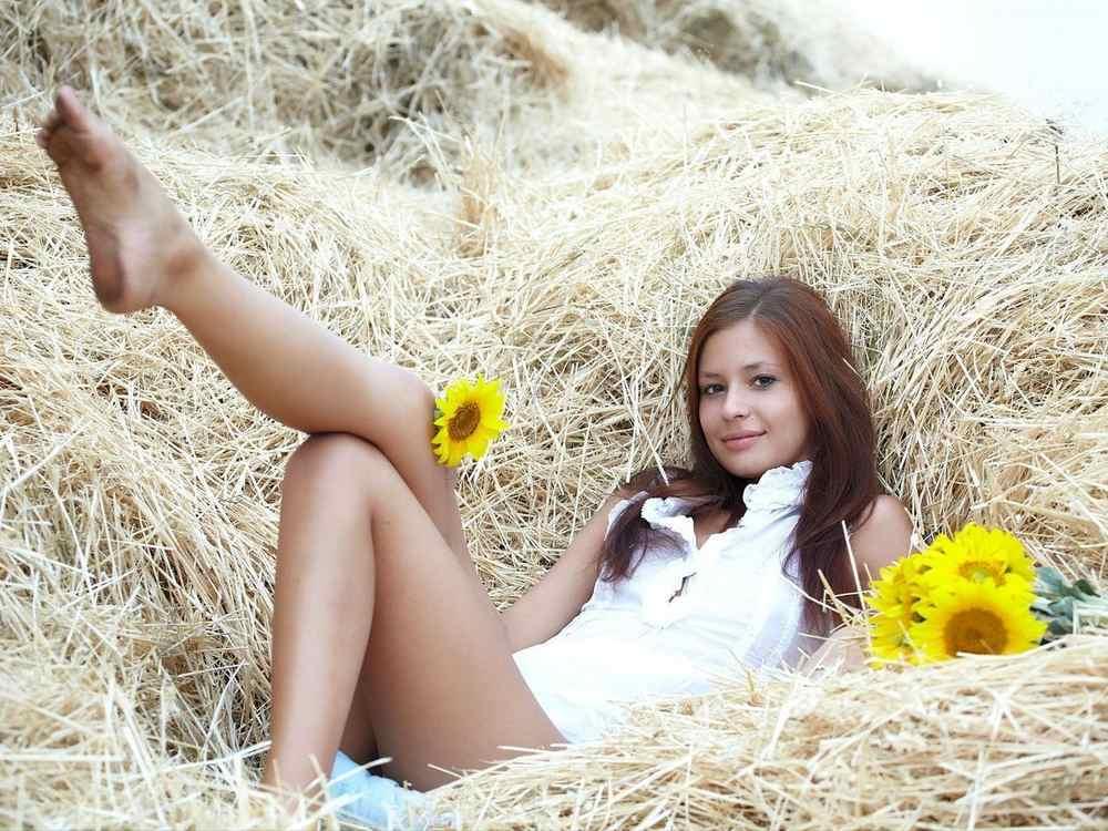 фото голая девочка во время месячных