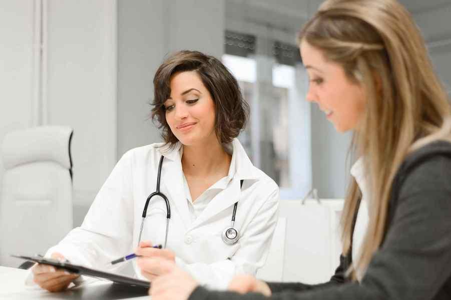 На консультации