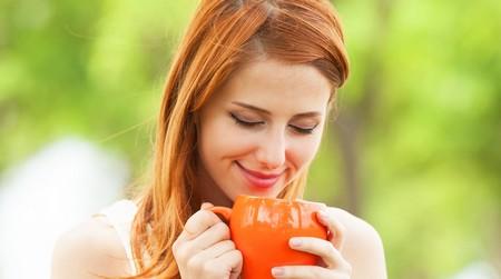 Девушка и Монастырский чай отца Георгия