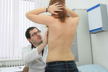 Осмотр женской груди